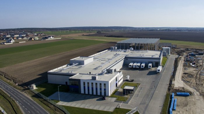 GEA cooling and heating solution for poultry processing company 2 Sisters Storteboom in Komorniki