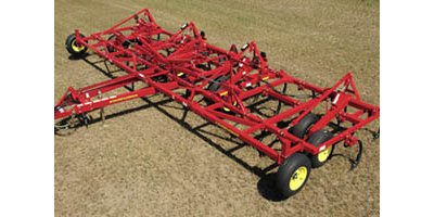 Challenger  - Model 2500 Series  - Chisel Plough
