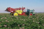 Kverneland  - Model RAU Explorer Series - Trailed Sprayers