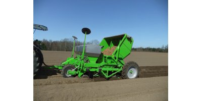 Model UH3744 - 4-Row Pulled Planting Machines