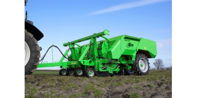Model UH3745 - 4-Row Pulled Hydraulically Driven Planting Machine