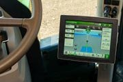 John Deere Introduces 4640 Universal Display for Tractors