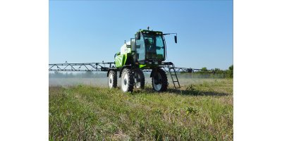 Model GP MAXI  - Self-Propelled Sprayer