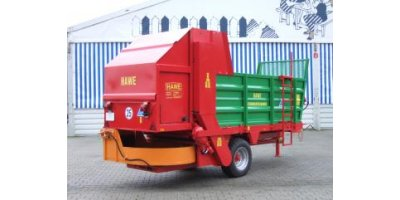 Straw - Model SVW - Spreader Trailers