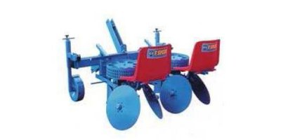 Model TPA-PP2/D and TPA-PP2/A - Semi Automatic Potato Planter