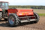 Model HKL 2500 S - Combined Seed and Fertilizer Drill
