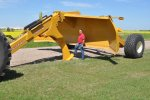 Model 1800, 2400 and 2400XL - Pulldozer and Pulldozer Transformer Land Shaper