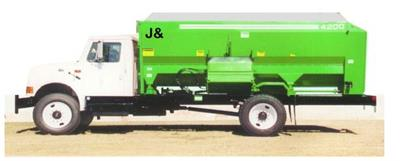J&A - Model 3200/3700/4200 - Feed Mixer