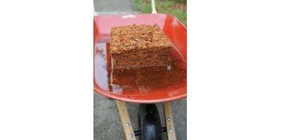 FibreDust  - Crushed Coconut Husk Mulch Block