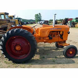 Minneapolis Moline  - Model 445 - Tractor