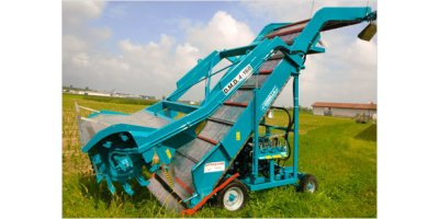 Model 4-160 Taurus Series - Self-propelled Desilaging Machine