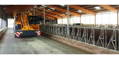 Sel Propelled Vertical Auger Mixer