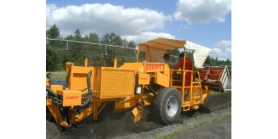 Model RMTD  - Auto Loading Tobacco Harvester