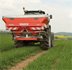 Rauch - Model AXIS - M - Two-disc fertiliser spreader with mechanical drive