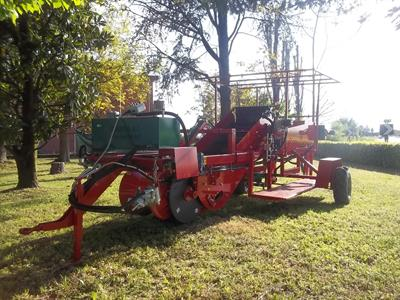 Carlotti - Model GREEN 650/5L -1000/6L - Single-Row Potato Digger-Harvester