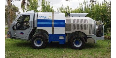 ATOM - Model 3500 - Self Propelled Sprayer