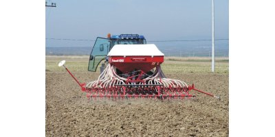 Model 4000 - 32 Row Pneumatic Grain Planting Machine with Fertilizer Reservoir