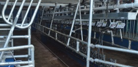 ATL - Model Intro90 - Doubled Up Parlour