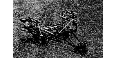 Model 8000 - Chisel Plow