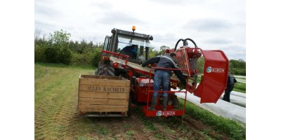 Simon - Model S2S - Linkage Harvesters with Bins
