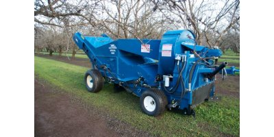 Weiss McNair - Model 9800 P.T.O. - Nut Harvester