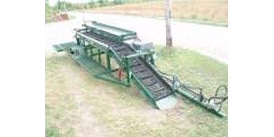 Willsie - Model 1R - Root Crop Harvester w/Automatic Pallet Box Filling