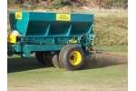 Model UB60S - Fairway Spinner/Loader Top Dresser