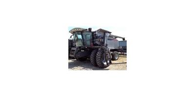 Gleaner - Model R65 - Combines