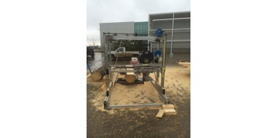 D&L - Model 180° 8 x 16 - Swing Blade Sawmill