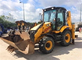 JCB - Model 3CX Sitemaster Plus - Backhoe Loaders
