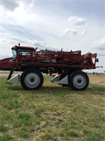 Case IH - Model 4430 - Sprayer