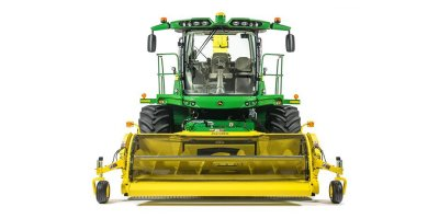 John Deere - Model 8100 - Self-Propelled Forage Harvester