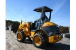 Kawasaki - Model 42 ZV-2 - Articulated Wheel Loaders