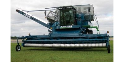AMADAS - Model 9970 - Self-Propelled Peanut Combine