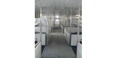 Weaner & Finisher Portable Piggy Cabin