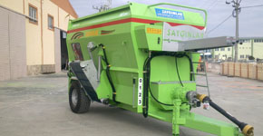 Sayginlar - Model YK-HEL 140 - Feed Mixer 10 m3