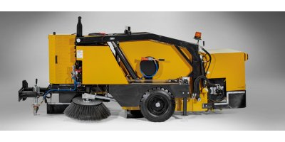 Model HMT 2000 E - Self Engine Towed Type Road Sweeping Machines